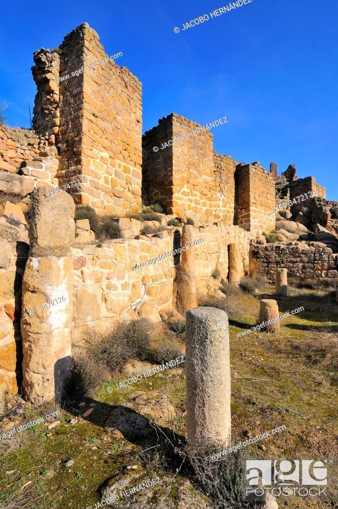 Stock Photo: Ciudad de Vascos archaeological site. Navalmoralejo. Toledo province. Castilla-La Mancha. Spain.