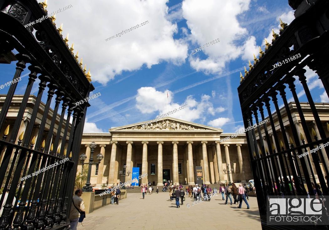 Stock Photo: Entrance, British Museum, London, England, United Kingdom, Europe.