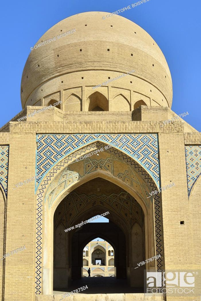 Stock Photo: Iran, Kashan, Agha Bozorg mosque (18th C).