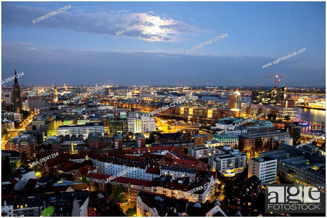 Stock Photo: Hamburg at Night.