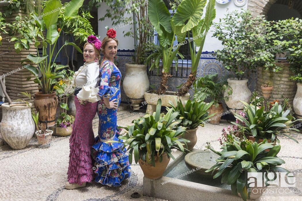 Stock Photo: Women in traditional andalusian costume, Cordoba, Andalusia, Spain.