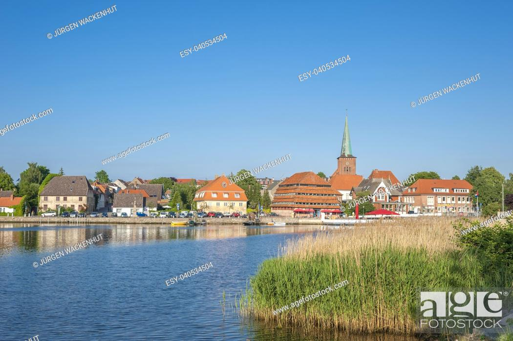 Stock Photo: Townscape at the Neustaedter inland water, Neustadt in Holstein, Baltic Sea, Schleswig-Holstein, Germany, Europe.