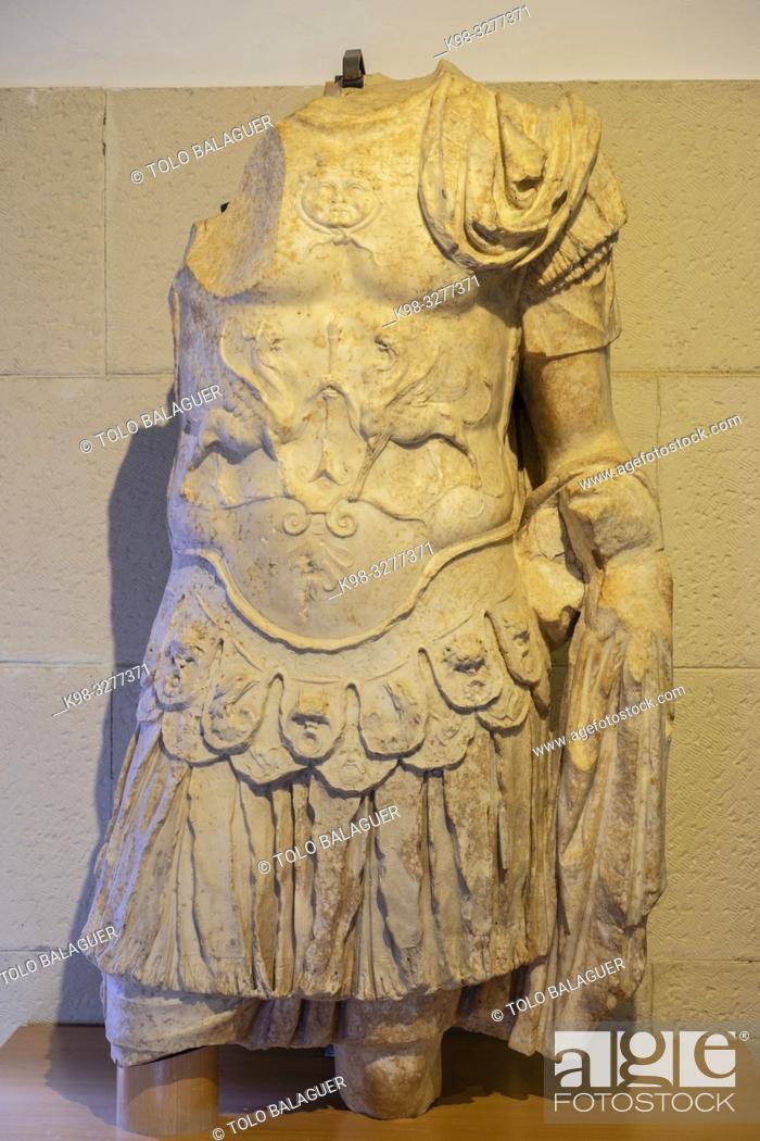 Stock Photo: escultura masculina con coraza, Museo-Centro de Interpretación del parque arqueológico de Segóbriga, Saelices, Cuenca, Castilla-La Mancha, Spain.