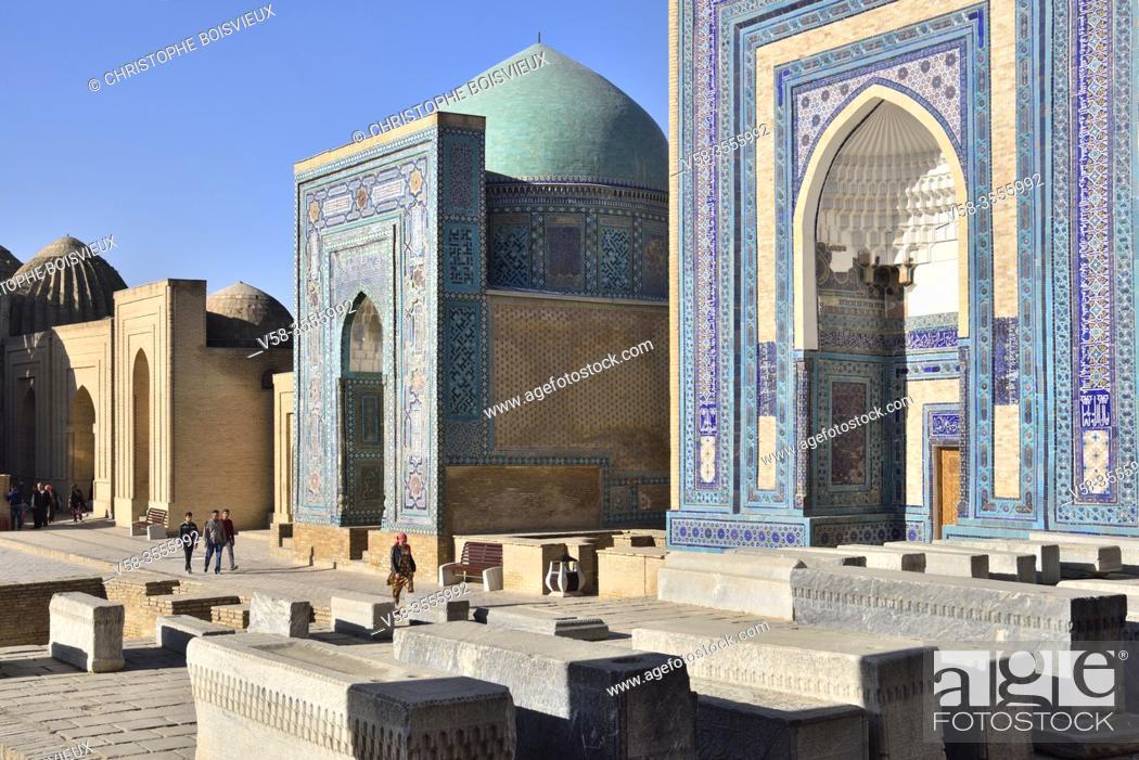 Stock Photo: Uzbekistan, Unesco World Heritage Site, Samarkand, Chah-i-Zinda necropolis.