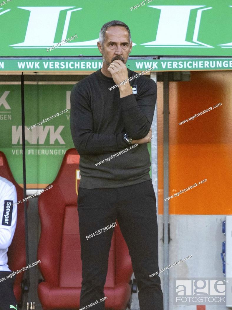 Stock Photo: Gladbach coach Adi HUETTER (HvúTTER). Soccer, FC Augsburg - Borussia Mvšnchengladbach 1: 0, Soccer Bundesliga, 5th matchday, season 2021-2022, on September 18.