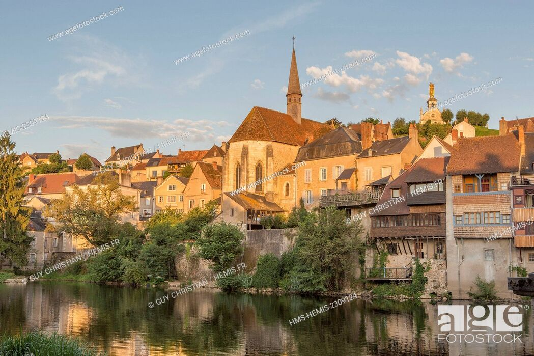 Stock Photo: France, Indre, Argenton sur Creuse, Creuse valley.