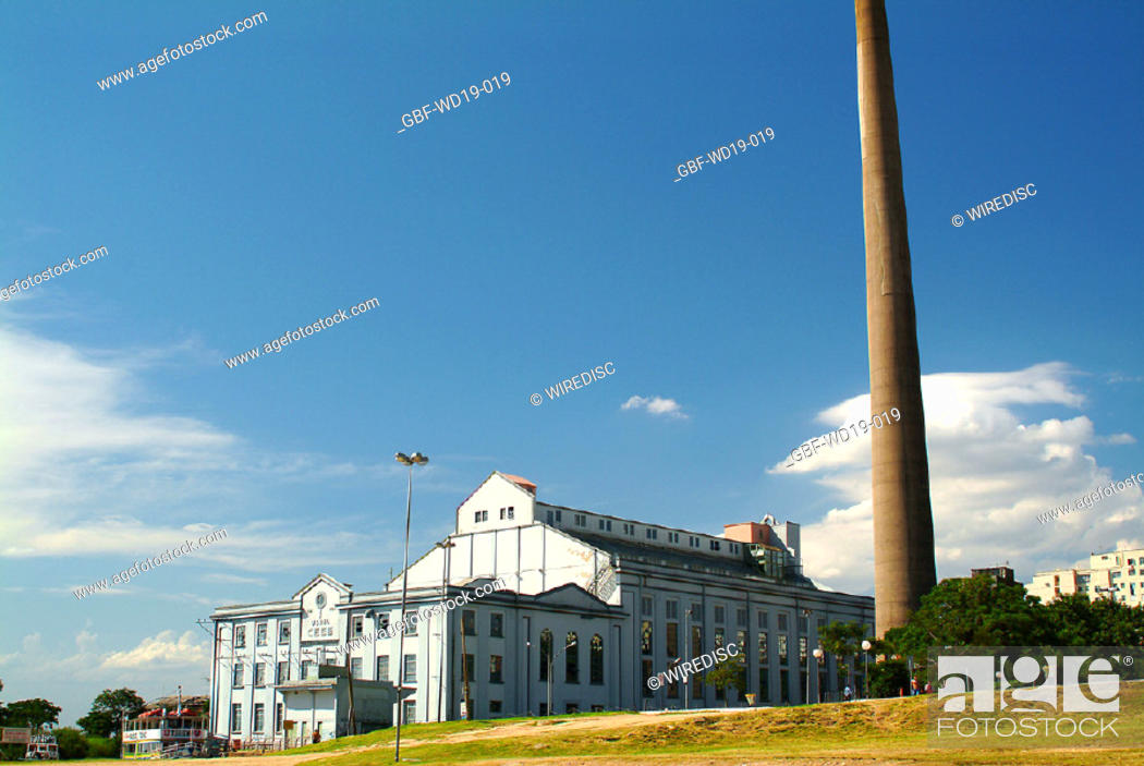 Stock Photo: Power Station, Rio Guaiba, Rio Grande do Sul, Brazil.