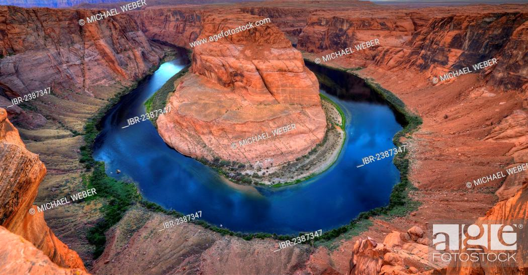 Stock Photo: Horseshoe Bend or King Bend, a meander bend of the Colorado River, Page, Glen Canyon National Recreation Area, Arizona, Southwest, United States of America, USA.