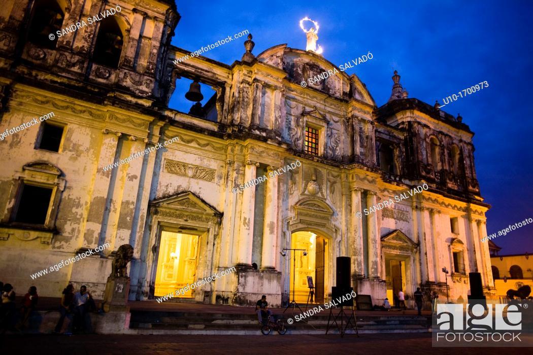 Stock Photo: Leon Cathedral, Basilica de la Asuncion, Leon, Nicaragua, Central America.
