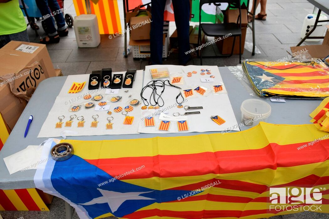 Stock Photo: Catalonia, Spain Sep 2017.Vilafranca del Penedes. On 1 October Catalans will go to the polls to vote in a referendum on whether to secede from Spain and form an.