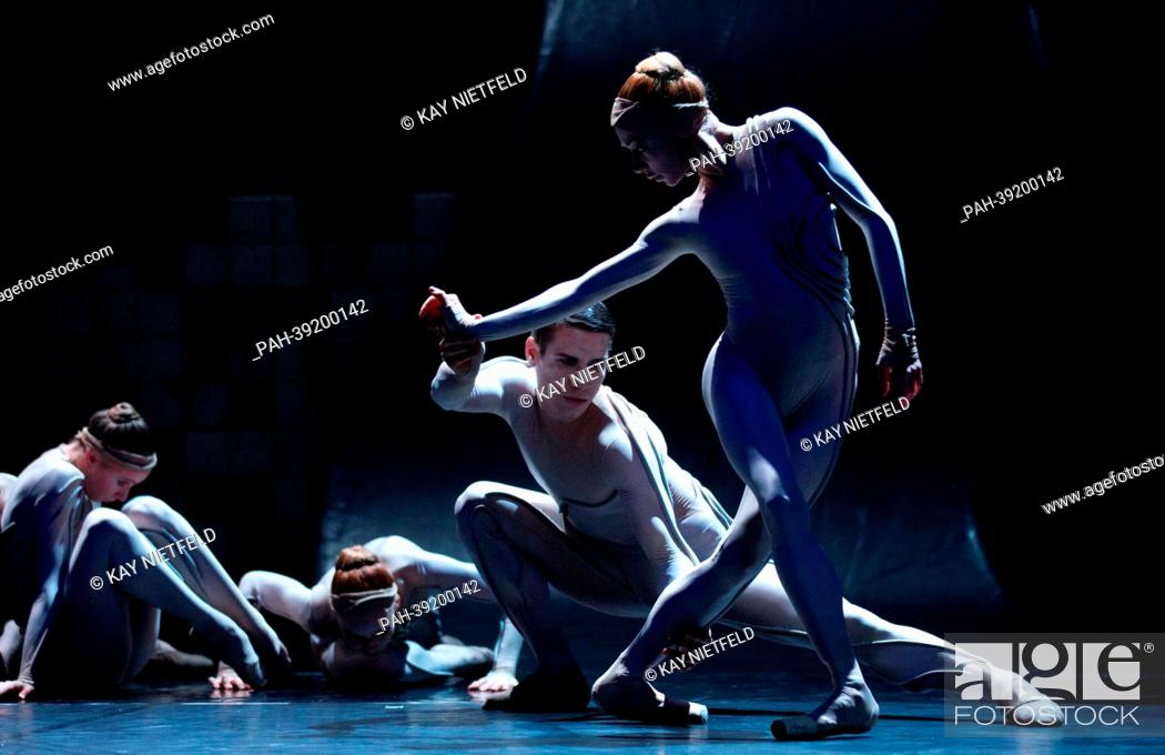 The ensemble of the State Ballet Berlin dances a scene of