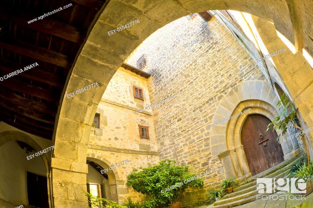 Imagen: Quejana Complex of Historical Monuments, Palace of Pedro López de Ayala, 14th Century Civil Heritage, Listed Cultural Asset, Artziniega, Ayala, Álava.