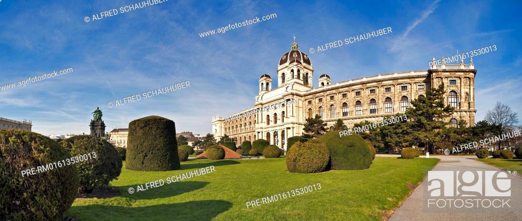 Stock Photo: Museum of Natural History in Vienna, Austria, Europe / Naturhistorisches Museum in Wien, Österreich, Europa.