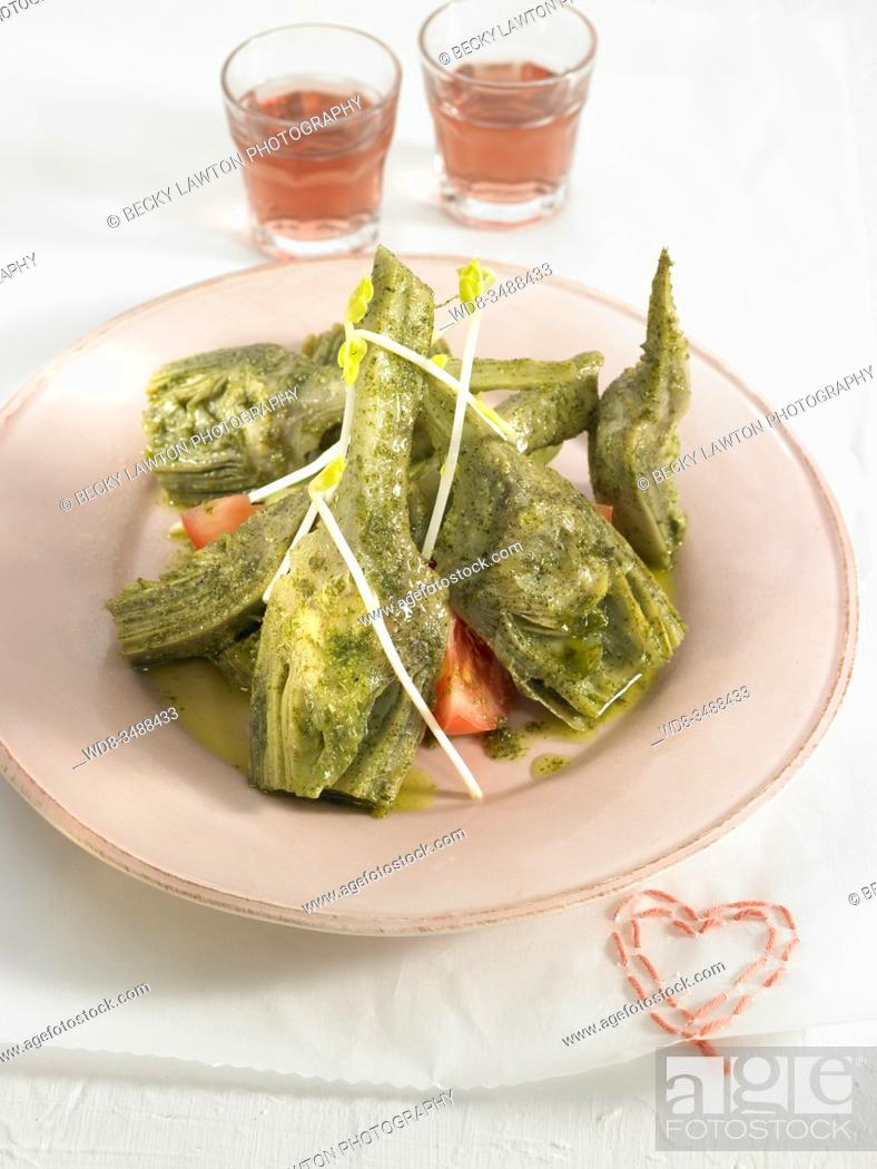 Stock Photo: alcachofas a la menta / mint artichokes.