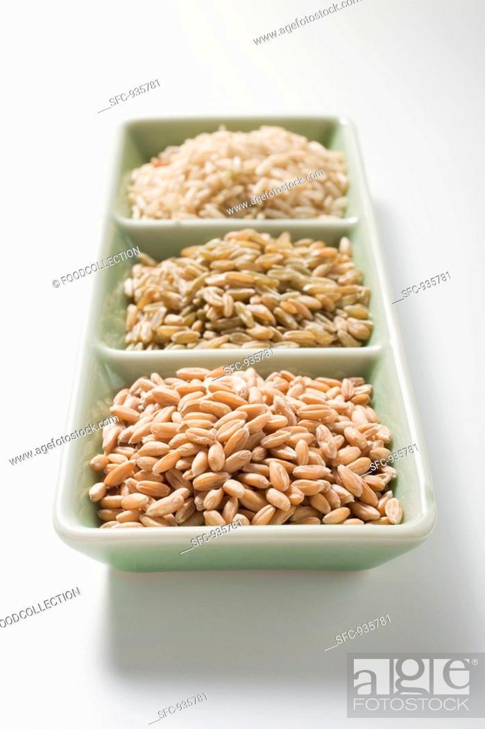 Stock Photo: Spelt, unripe spelt and brown rice.