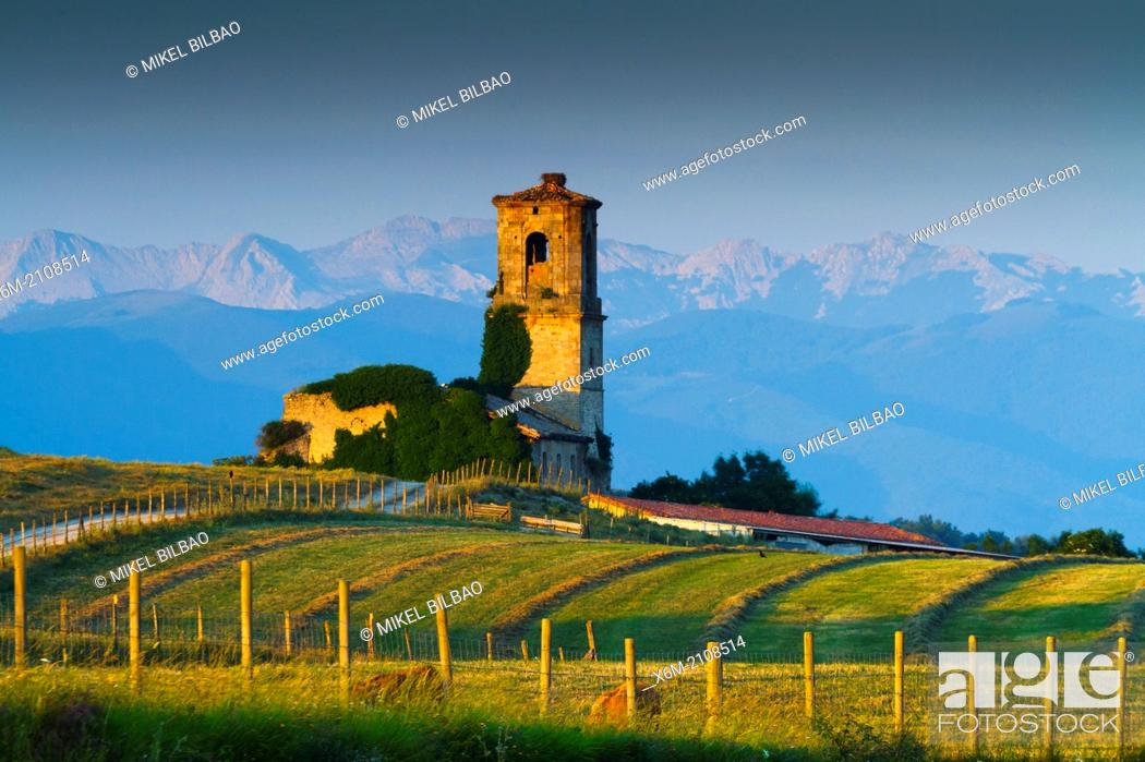 Stock Photo: Nanclares de Gamboa, Ullibarri-Gamboa reservoir. Alava, Basque Country, Spain, Europe.