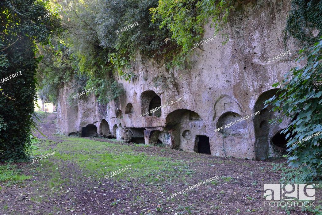Photo de stock: necropolis of Sutri near Viterbo in Toscane, Italy.