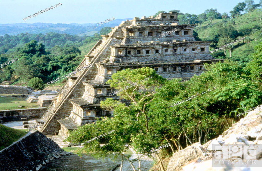 Stock Photo: Niches Pyramid at the old city of El Tajin. Veracruz state. Mexico.