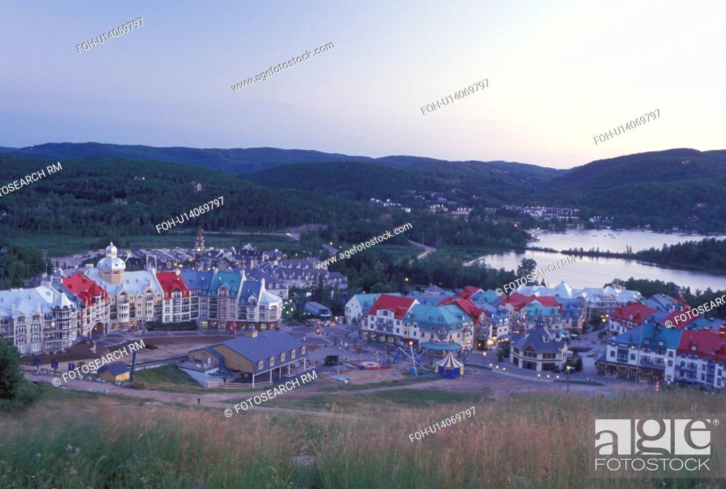 Stock Photo: Tremblant Resort, Canada, Quebec, Laurentians, Mount Tremblant, Scenic view of the Tremblant Resort in the Laurentian Mountains and Lac Tremblant.