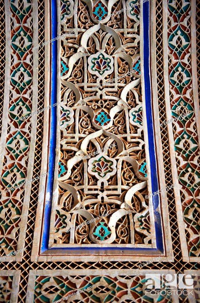 Photo de stock: Berber Arabesque painted Morabe platerwork architectural details from the Petite Court, Bahia Palace, Marrakesh, Morroco.