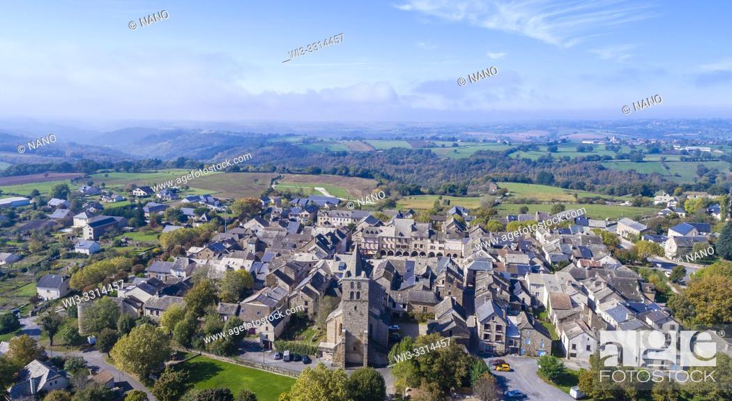 Stock Photo: France, Aveyron, Sauveterre de Rouergue, labelled Les Plus Beaux Villages de France (The Most Beautiful Villages of France), the bastide (aerial view).
