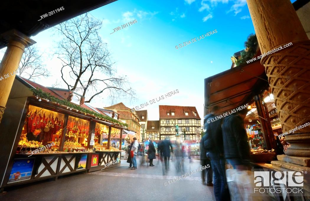 Stock Photo: Christmas market at the city center. Colmar. Wine route. Haut-Rhin. Alsace. France.