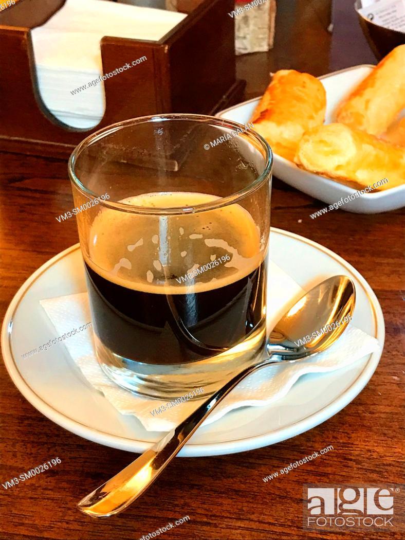 Imagen: Glass of coffee.