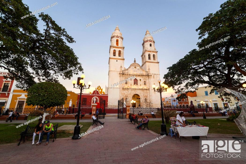 Stock Photo: Cathedral of Campeche, State of Campeche, Mexico.