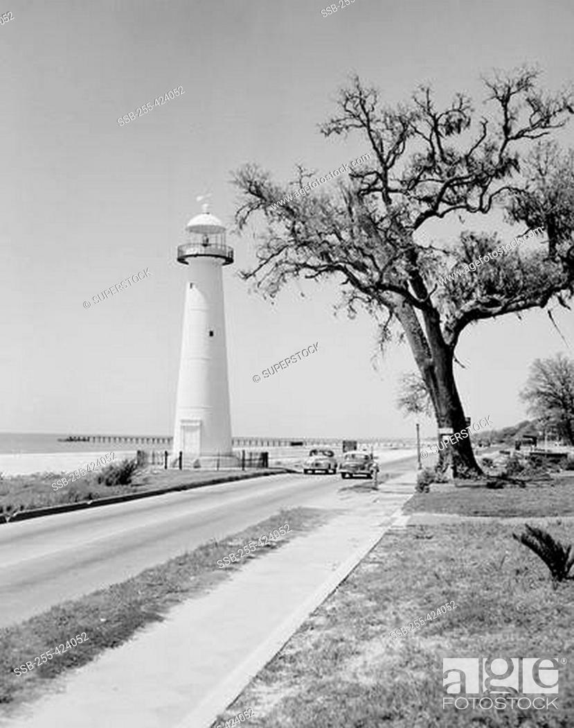 Usa Mississippi Biloxi Lighthouse And Highway 90 Stock Photo