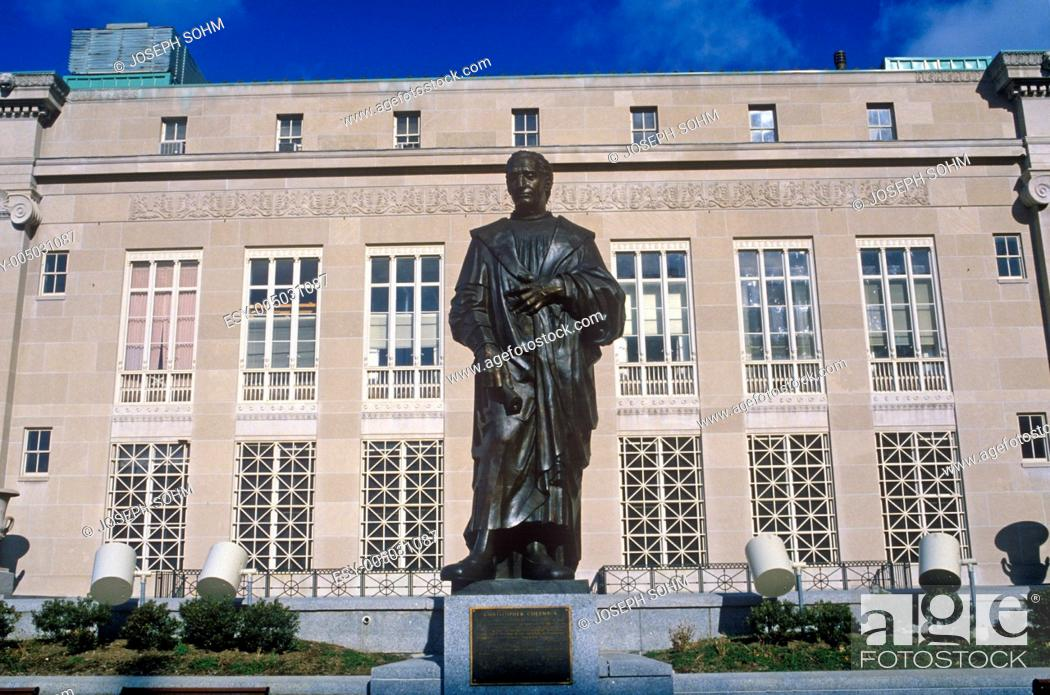 Stock Photo: Statue of Christopher Columbus statue, Columbus, OH.