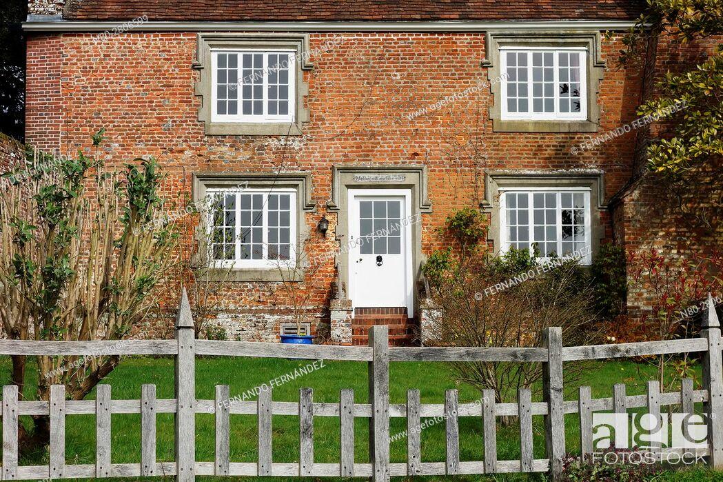 Stock Photo: Greys Court. Tudor country house. Oxfordshire. England.