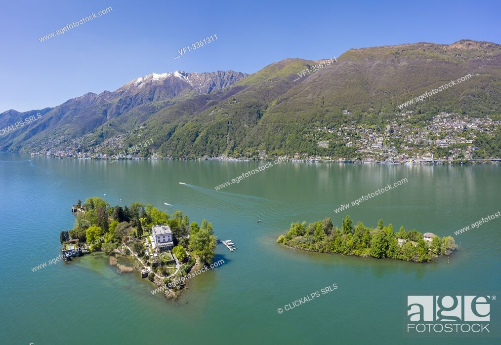 Imagen: Aerial view of the Brissago Islands near Ascona, on the northern part of the Lake Maggiore. Canton Ticino, Switzerland.