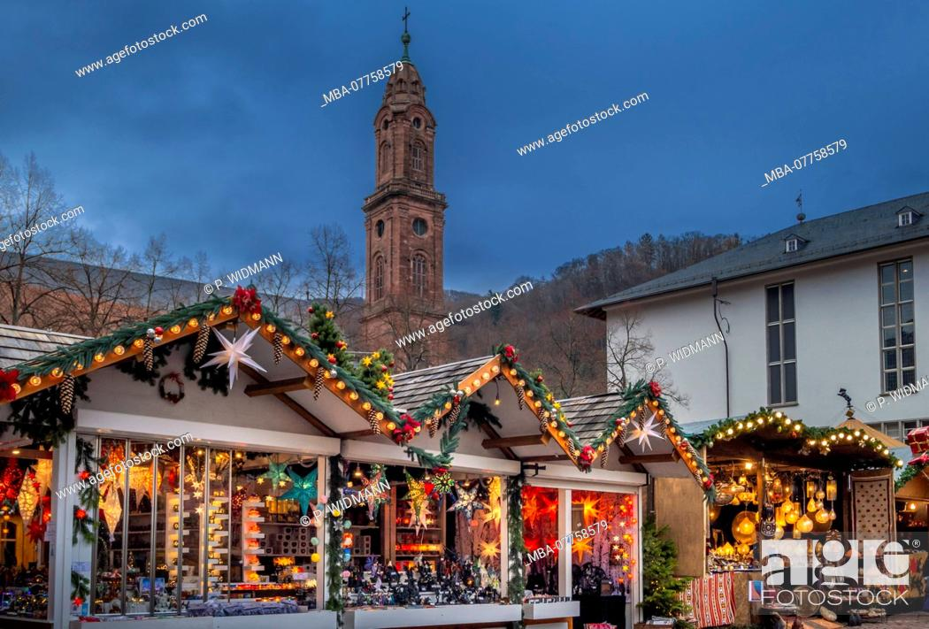 Stock Photo: Christmas market on University Square in the Old Town of Heidelberg, Heidelberg, Baden-Wuerttemberg, Germany, Europe.