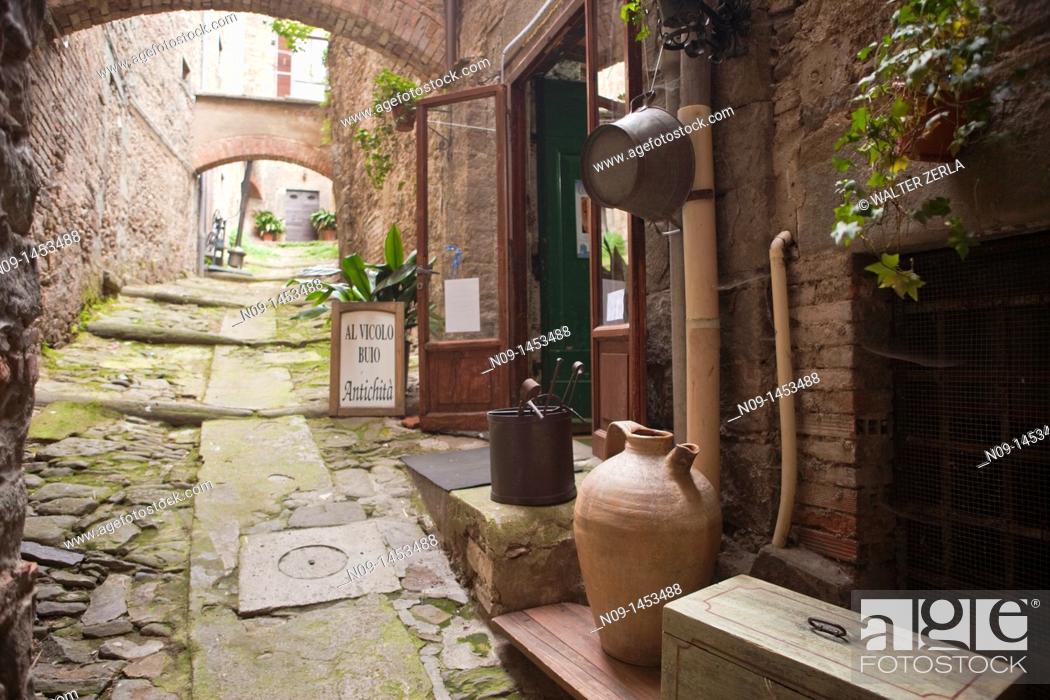 Stock Photo: Cortona, Tuscany.