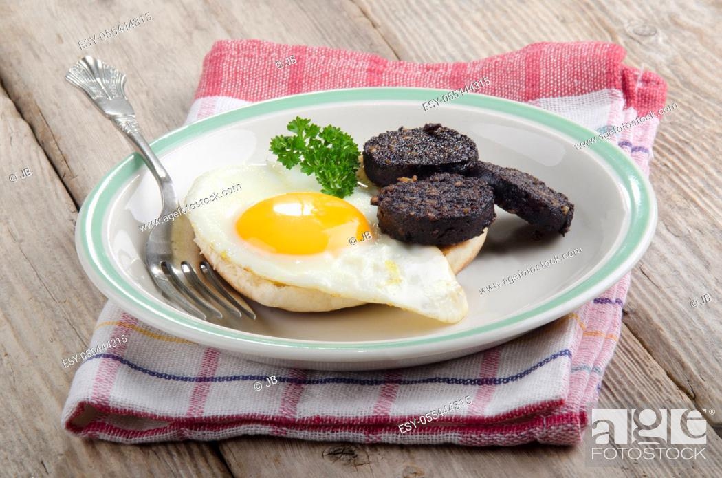Stock Photo: breakfast, fried egg, english cuisine.