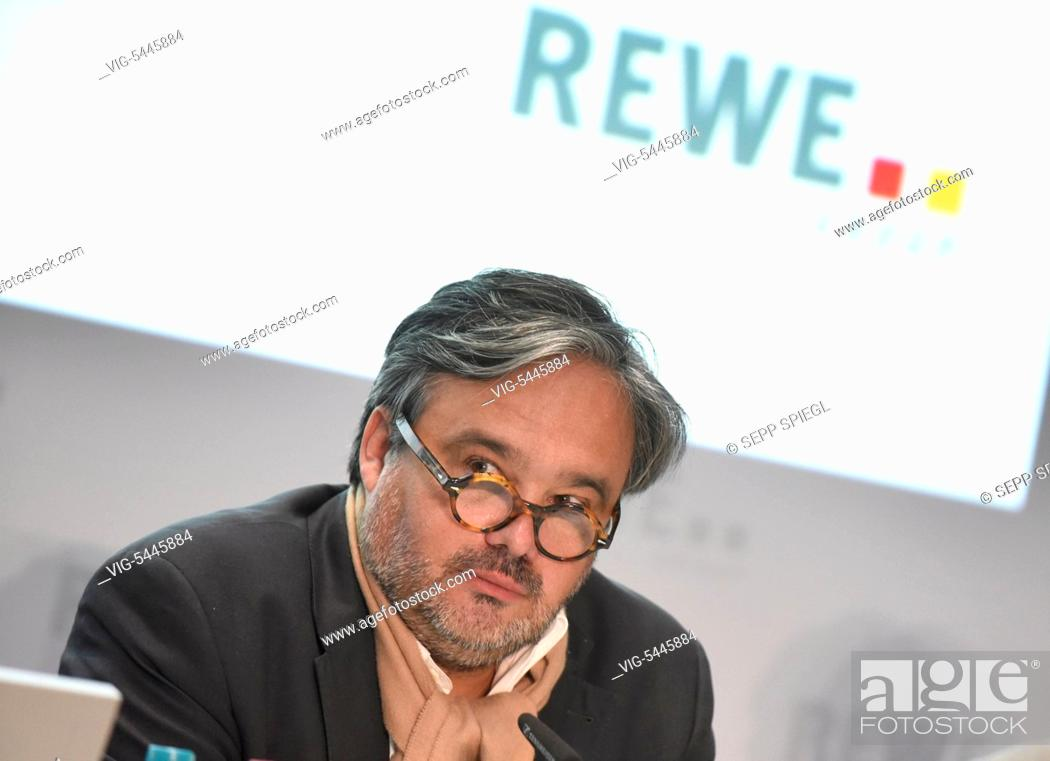 Imagen: Germany, Cologne, 04.05.2016 Alain Caparros, CEO of Rewe Group, during the press conference - Koeln, Germany, 05/04/2016.