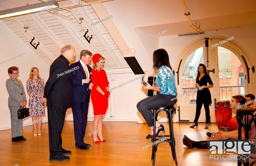 amazon Factory Outlets offizieller Laden Joop van den Ende, King Willem-Alexander and Queen Maxima of ...
