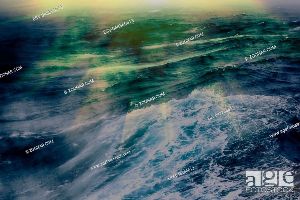 Stock Photo: turbulent waves of Pacific ocean. Dead swell.