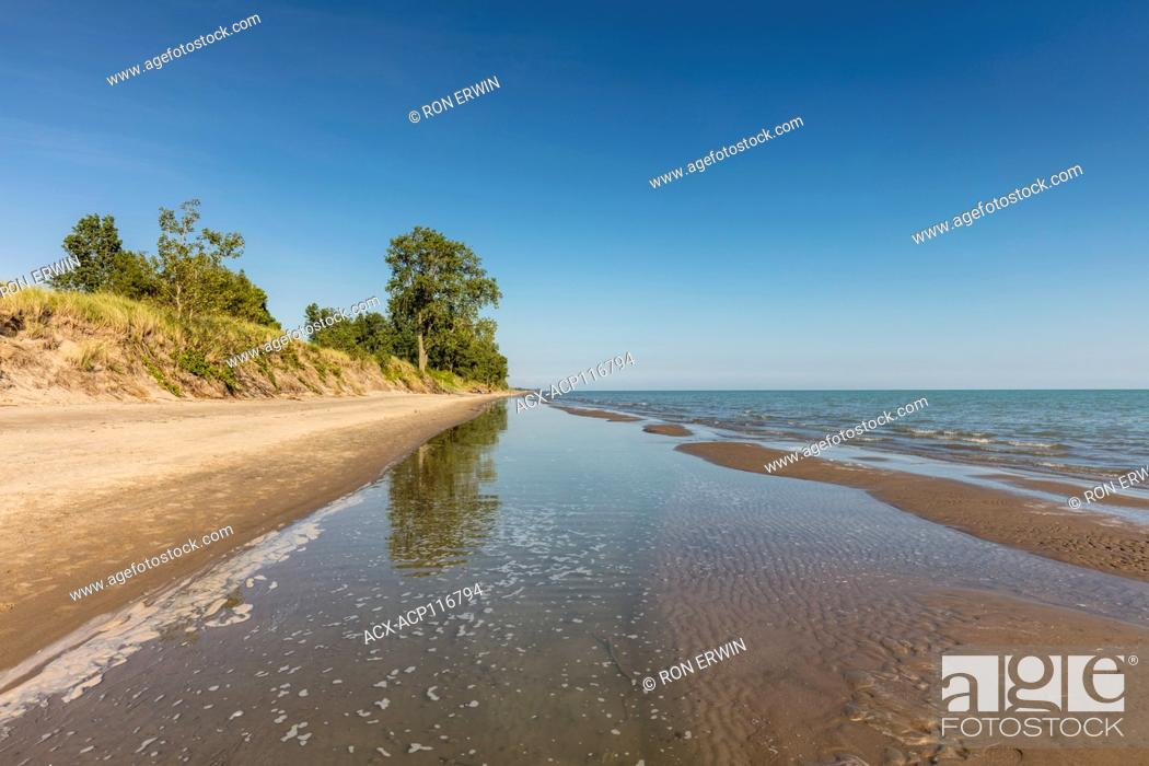 Stock Photo: Sandy shores of Lake Erie in Long Point Provincial Park, Ontario, Canada - part of the Long Point Biosphere Reserve.