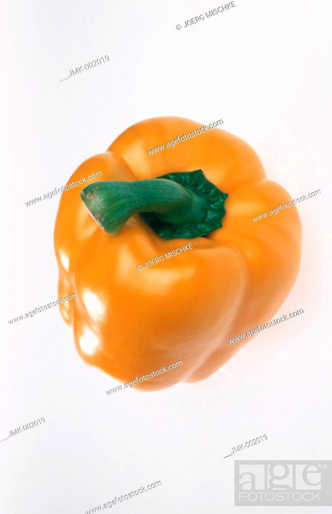 Stock Photo: A yellow paprika.