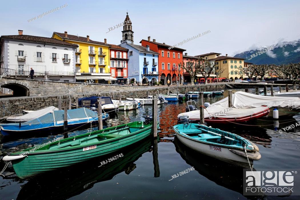 Stock Photo: Switzerland, Canton Ticino, Ascona, Lake maggiore.