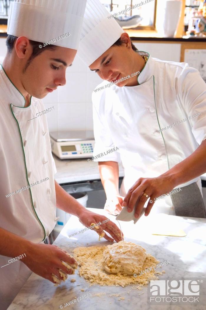 Stock Photo: Preparing puff pastry for apple pie. Luis Irizar cooking school. Donostia, Gipuzkoa, Basque Country, Spain.
