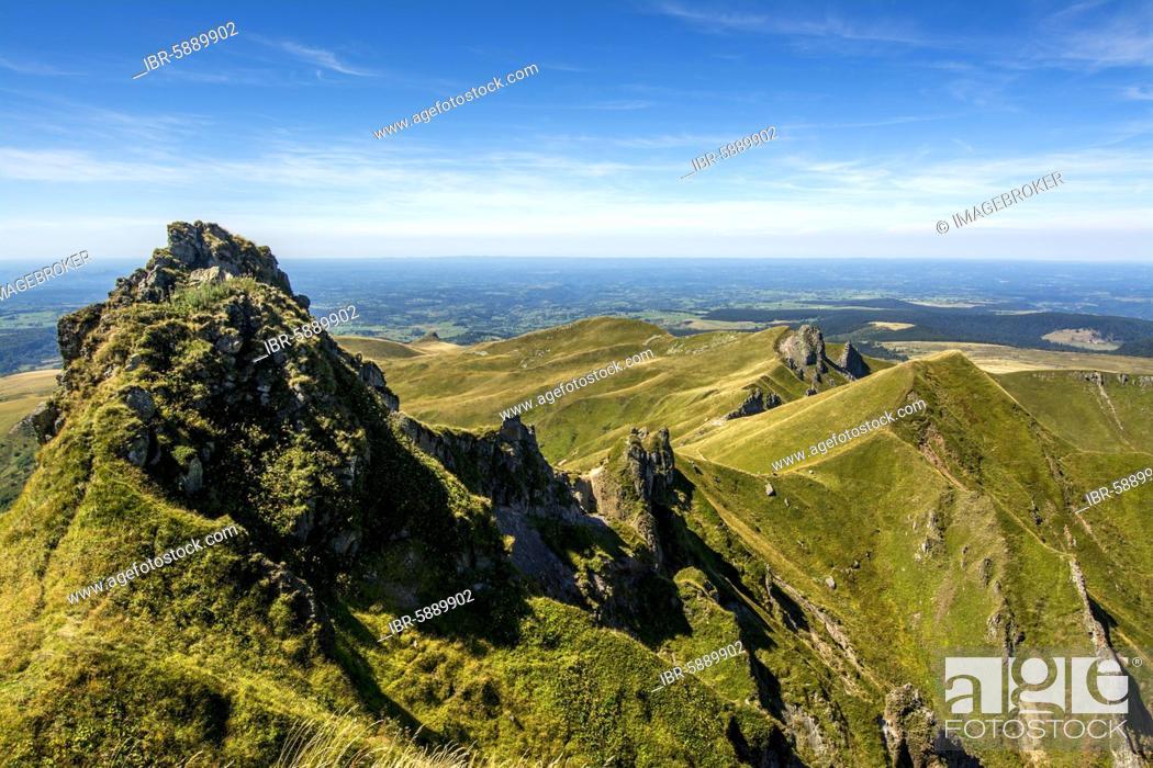 Stock Photo: Monts Dore, Sancy mountains, Auvergne Volcanoes Natural Park, Puy de Dome department, Auvergne-Rhone-Alpes, France, Europe.