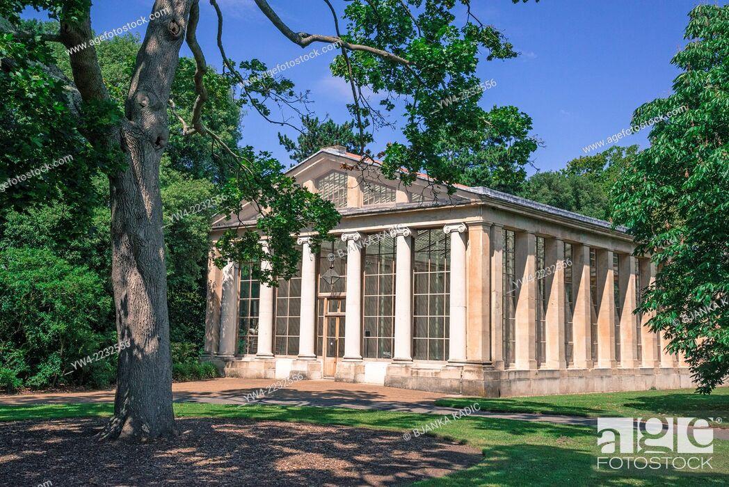 Stock Photo: Nash Conservatory, Kew Royal Botanic Gardens, London, UK.