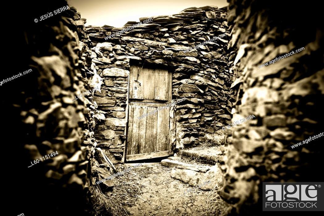 Stock Photo: Door in Las Hurdes, Caceres, Spain.