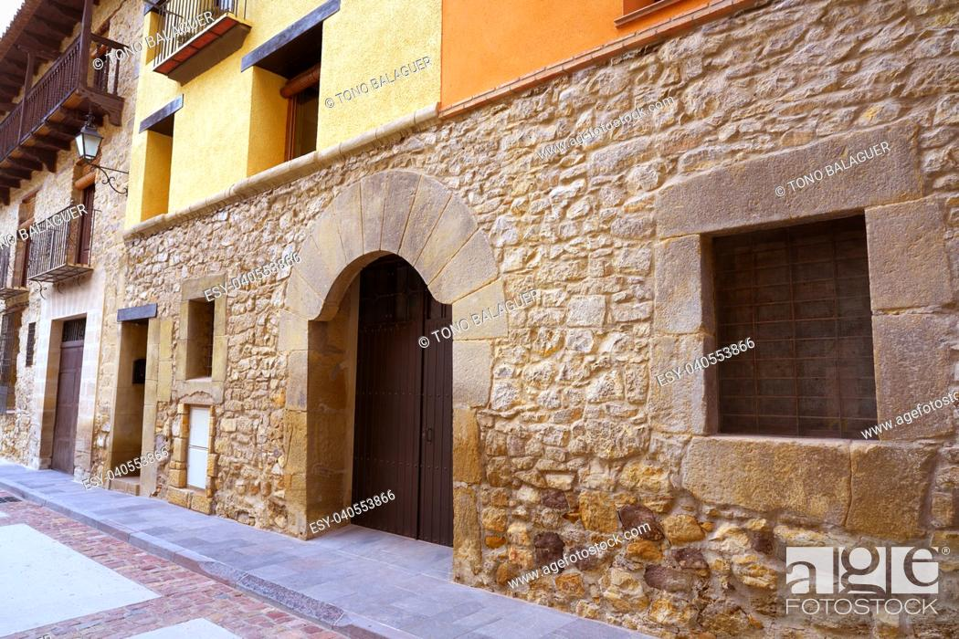 Imagen: Rubielos de Mora village in Teruel Spain located on Gudar Javalambre Sierra.
