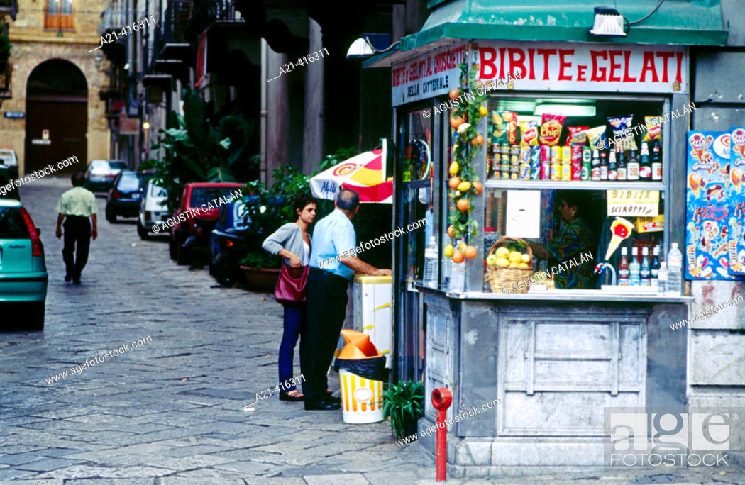 Stock Photo: Ice-cream shop in the historical area of Palermo. Sicily. Italy.