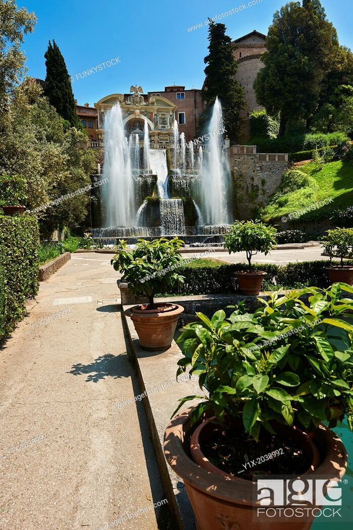 Photo de stock: The water jets of the Organ fountain, 1566, housing organ pipies driven by air from the fountains. Villa d'Este, Tivoli, Italy - Unesco World Heritage Site.