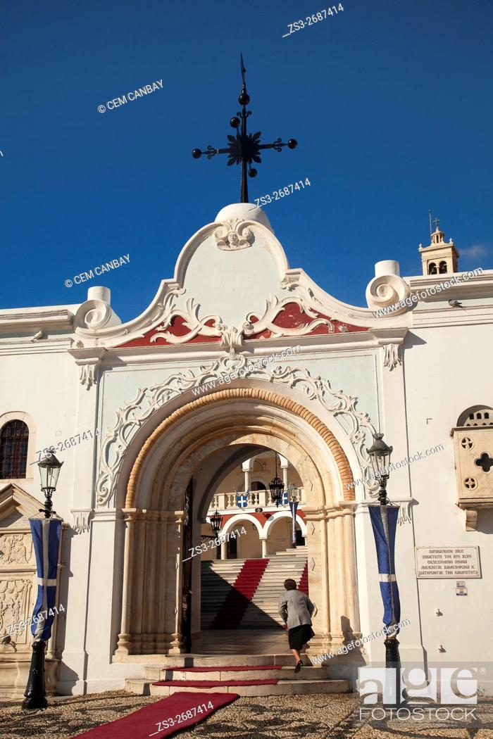 Imagen: Elderly woman in front of the Panagia Evangelistria-Our Lady of Tinos church, Hora, Tinos, Cyclades Islands, Greek Islands, Greece, Europe.