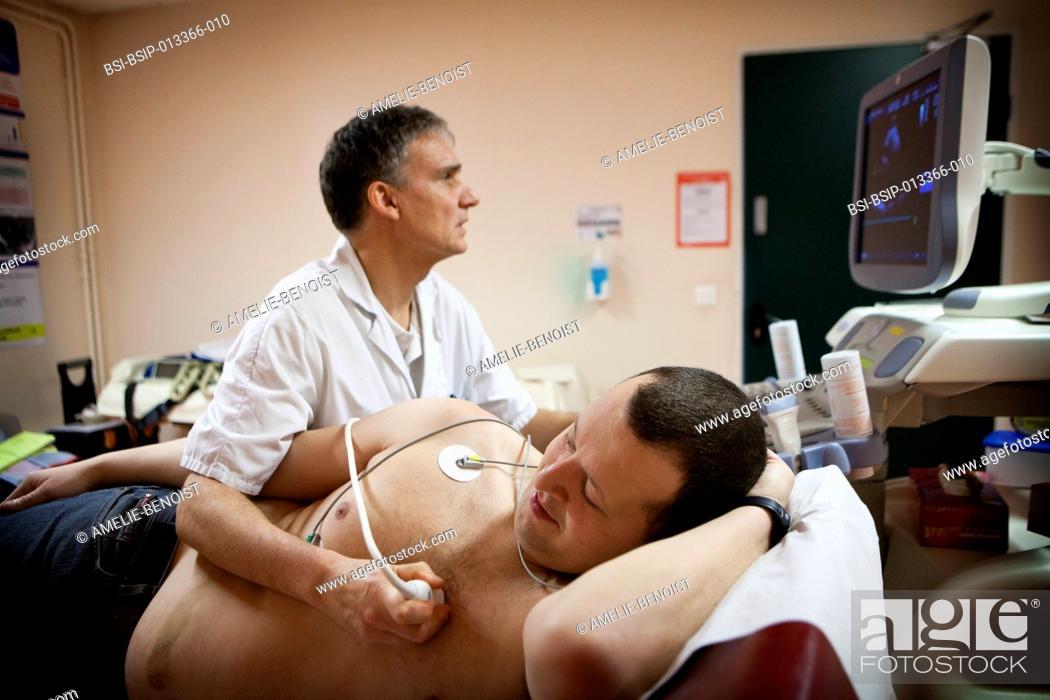 Stock Photo: Reportage in the Les Grands Prés cardiac rehabilitation centre in Villeneuve Saint Denis, France. Echocardiogram with an ECG.